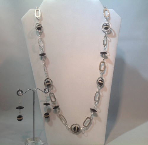 Black Banded Agate, Black Glass and Silver Metal Necklace and Earring Set
