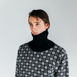 SANQUHAR ROLL NECK