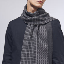 DIMENSION SCARF - CHARCOAL