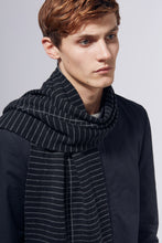 DISTRICT SCARF - BLACK