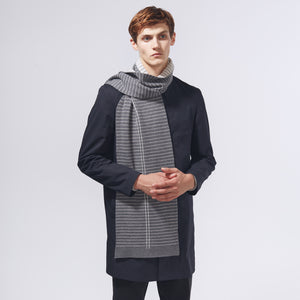 DISTRICT SCARF - GREY