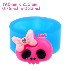 PYL710U 21.2mm Halloween Skull with Bow Flexible Silicone Mold - Cupcake Topper, Fondant, Dessert, Jewelry DIY, Resin, Chocolate