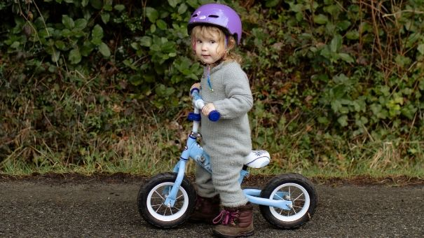 Benefits of balance bikes for kids and toddlers