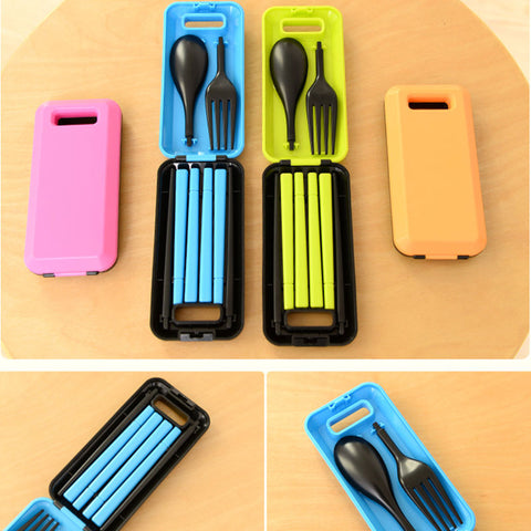 1 Set Three-Pieces  Travel Picnic Tableware foldable Spoon Fork Chopsticks Portable Plastic Picnic Necessity Kit