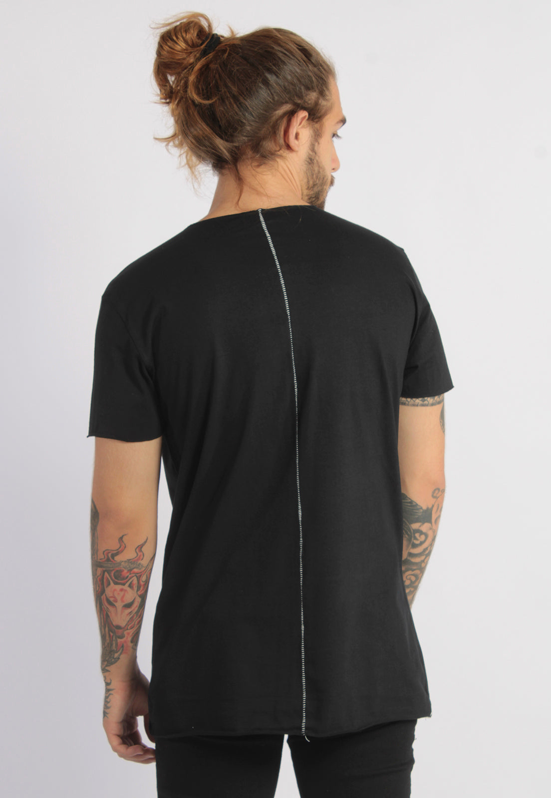 CAMISETA MASCULINA CORTE A FIO - GRAPHIC NATURE