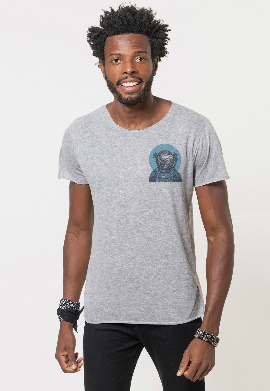 CAMISETA MASCULINA CORTE A FIO - SKULL IN THE MOON DTG