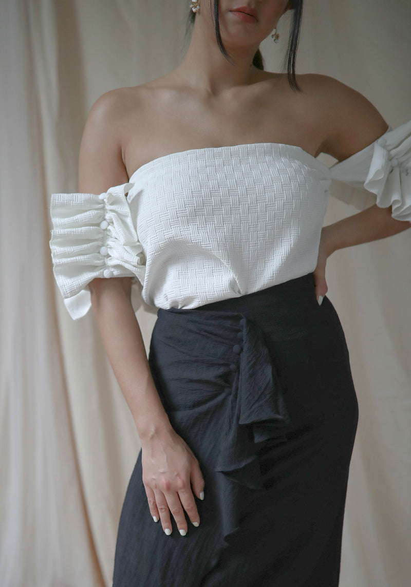 Ruffle Button Top
