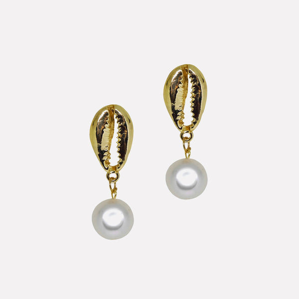 Cowrie Pearl