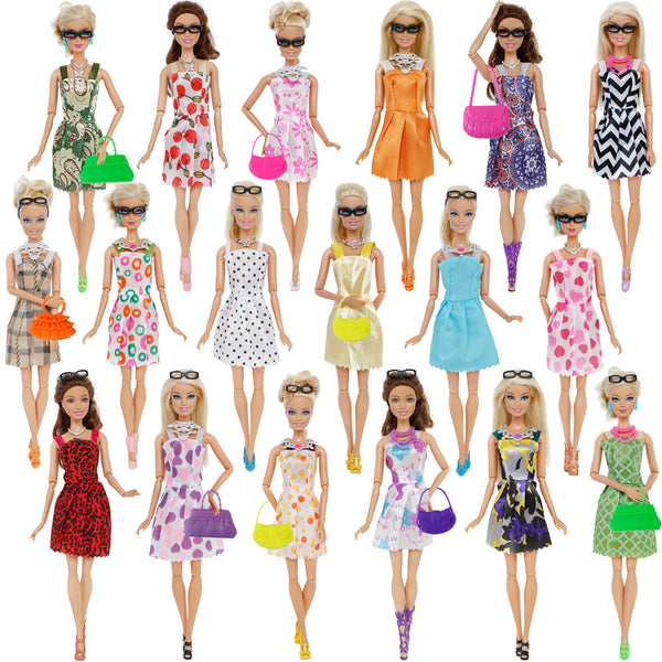 Dolls Clothing & Accessories 32 pcs Set