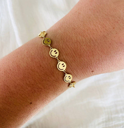 Smile Chain Bracelet - Finley's Boutique