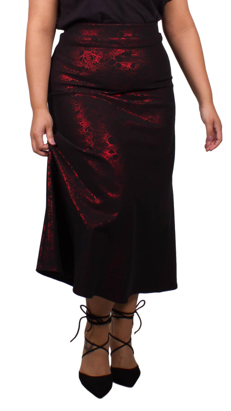 Curvewow Maxi Skirt Black and Red Print