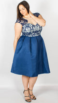 Chi Chi Curve Antonia Dress