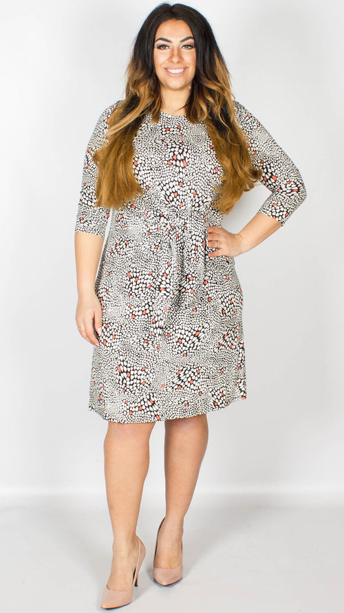 Kirsty Abstract Print Knot Dress