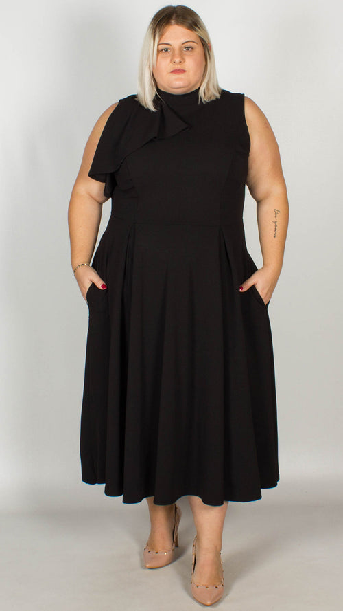 5d6edec7b4 Plus Size Dresses - Sizes 16, 18, 20, 22, 24, 26, 28, 30 & 32 | Curvewow