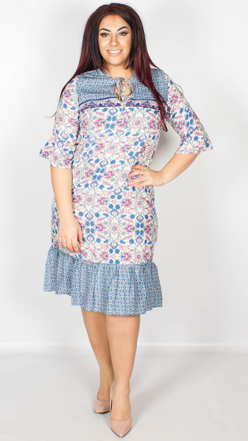 Neveah Blue Cream Paisley Print Frilled Dress