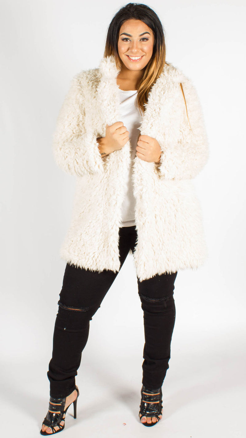 Gabrielle Fluffy Faux Fur Coat Cream