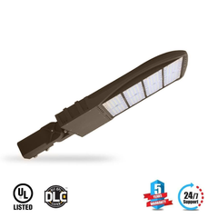 LED Pole Light 300W ; High Voltage ; 5700K ; Universal Mount ; 200-480V With Photocell