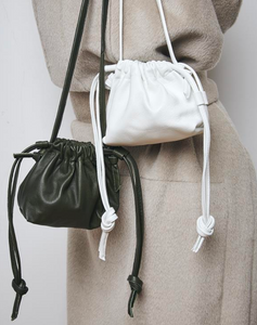 Bellbag - white