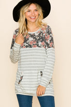 CURVY GRAY STRIPE FLORAL POCKET