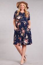 FLORAL POCKET DRESS