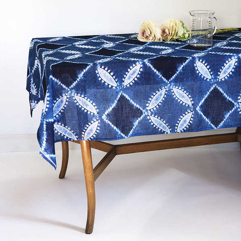 Fishbone Indigo </p>Hand dyed Tablecloth