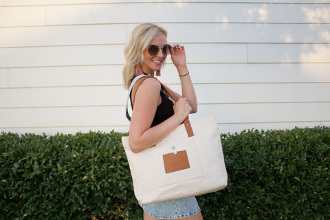 Kayla wearing the Wend Tote