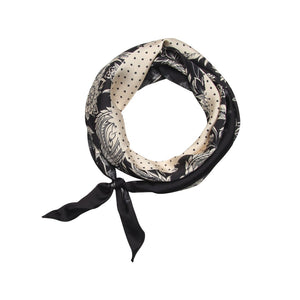 Women's diamond shaped bandana scarf