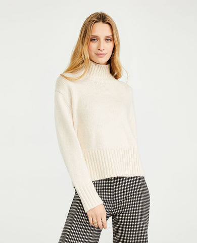 Ribbed Turtleneck Sweater in Sand Shell