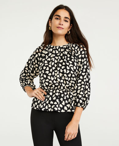 Heart Cinched Waist Blouse in Black