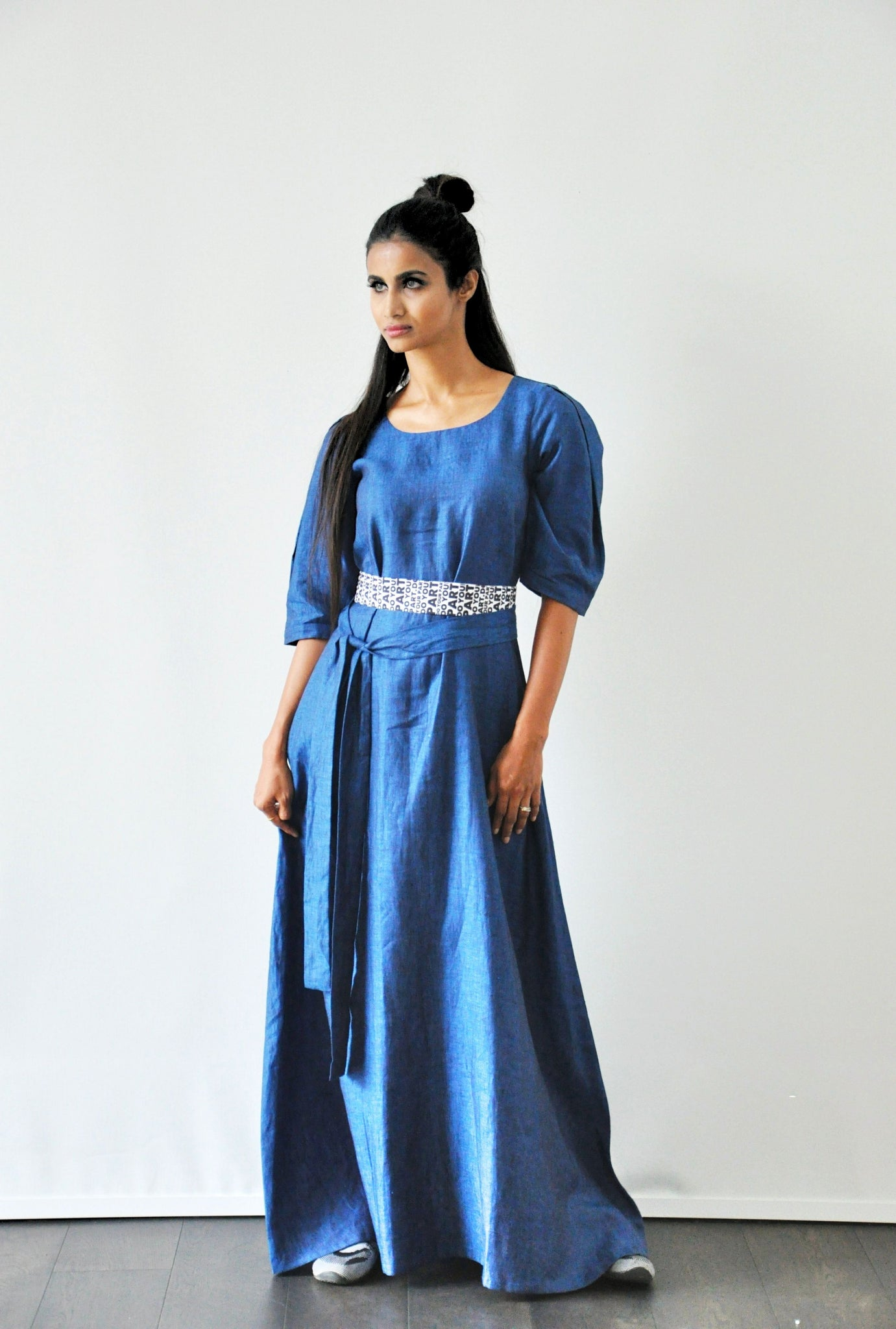Linen dress with statement belt