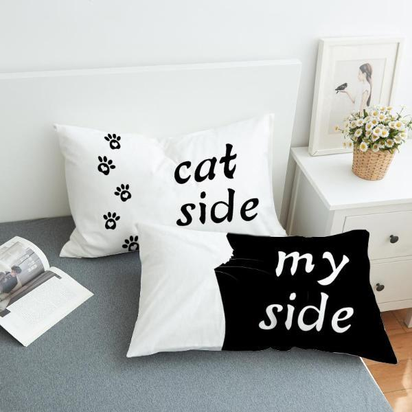 Decorative bedding pillowcase | NineLivesCats