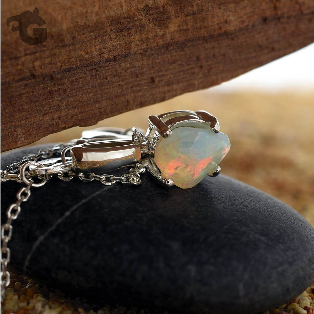 Australian Opal necklace 'One & Only'