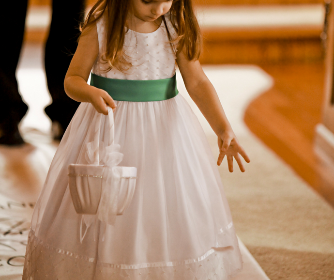 Top Tips for Choosing the Perfect Flower Girl Dress