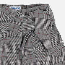 Girls Checkered Bow Detailed Waist Skort and Long Sleeved T-Shirt with Printed Bow and Gem Detailed Front