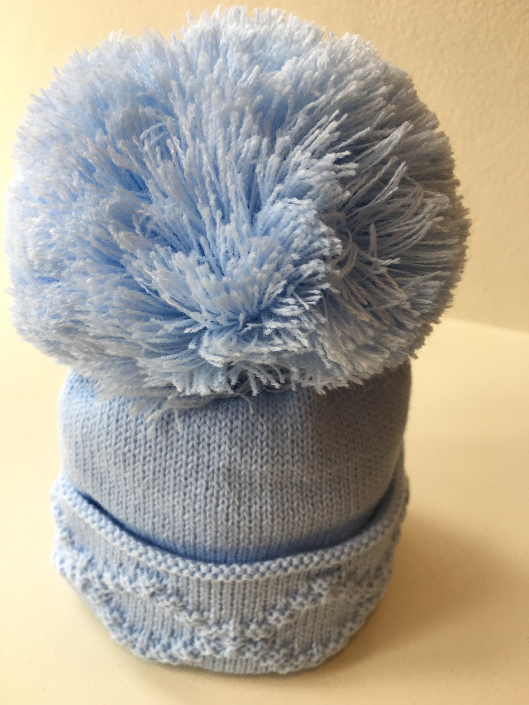 Single Pom Hat - Diamond Pattern - Blue