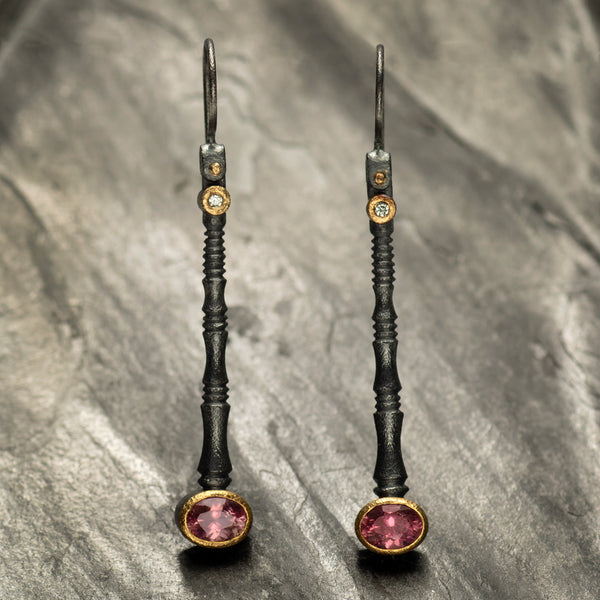 Timeless elegance - oxidized dangle drops
