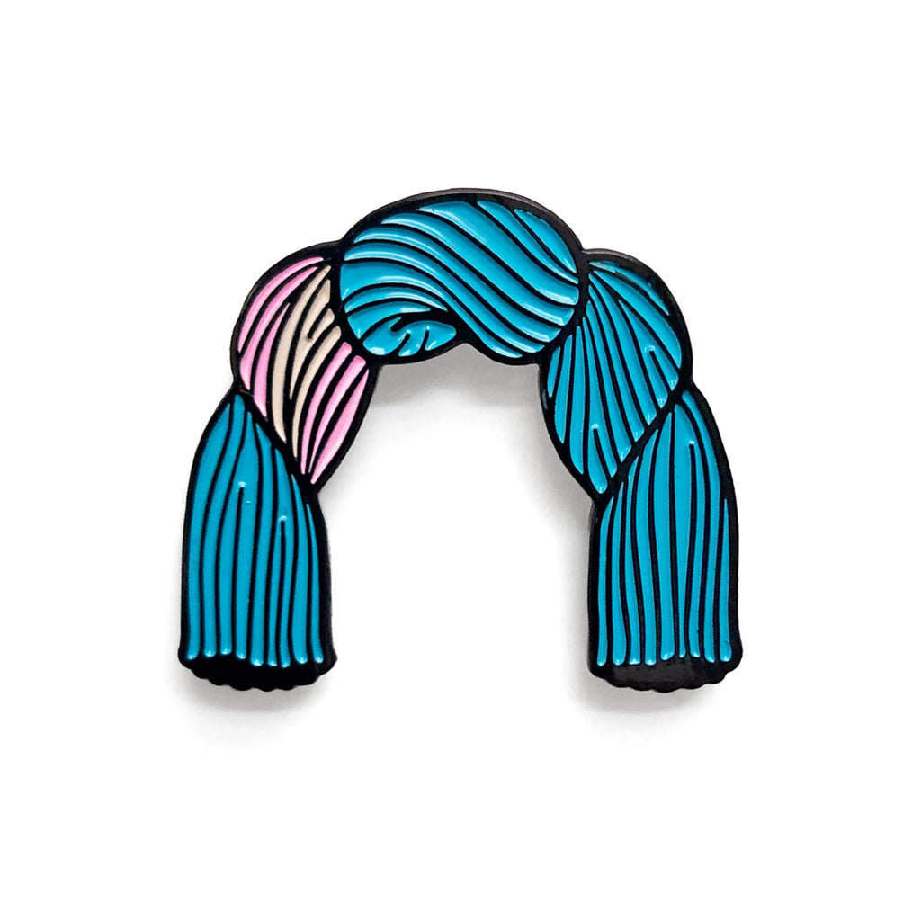 Skeinbow Pin, Trans Flag
