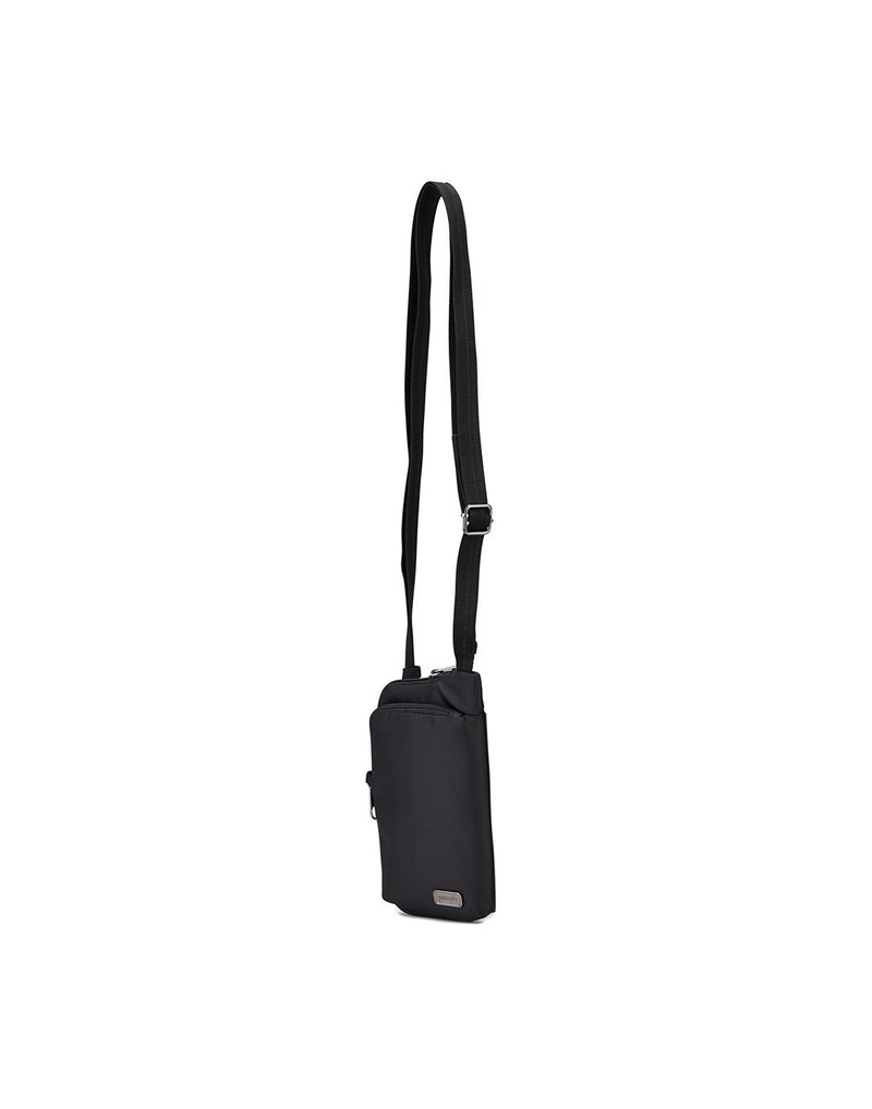 Pacsafe daysafe anti-theft tech black colour crossbody bag corner view
