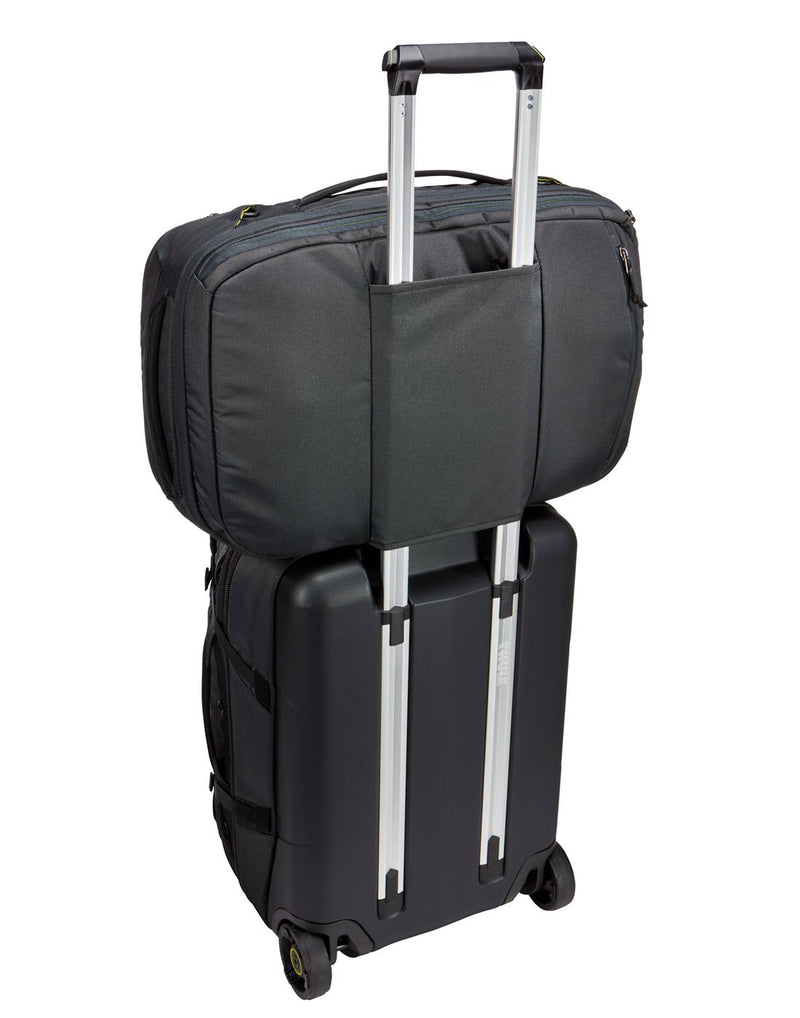 Thule subterra carry-on 40L dark shadow colour bag on luggaeg bag