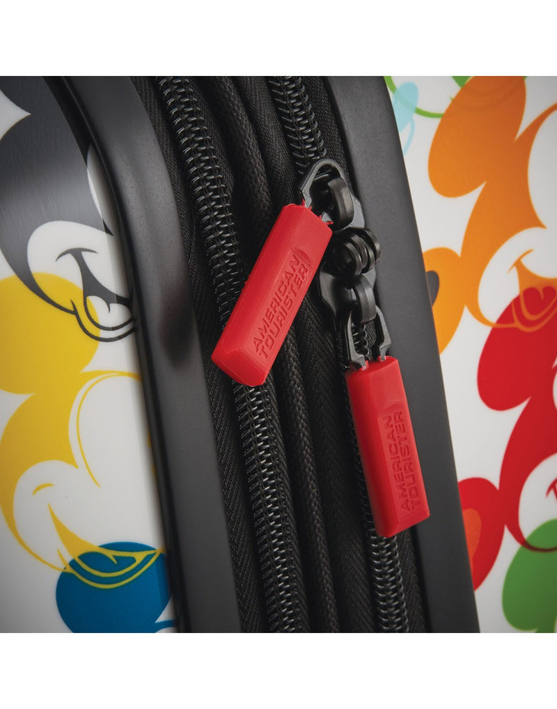 Disney roll aboard 2pc set luggage bag zipper pullers