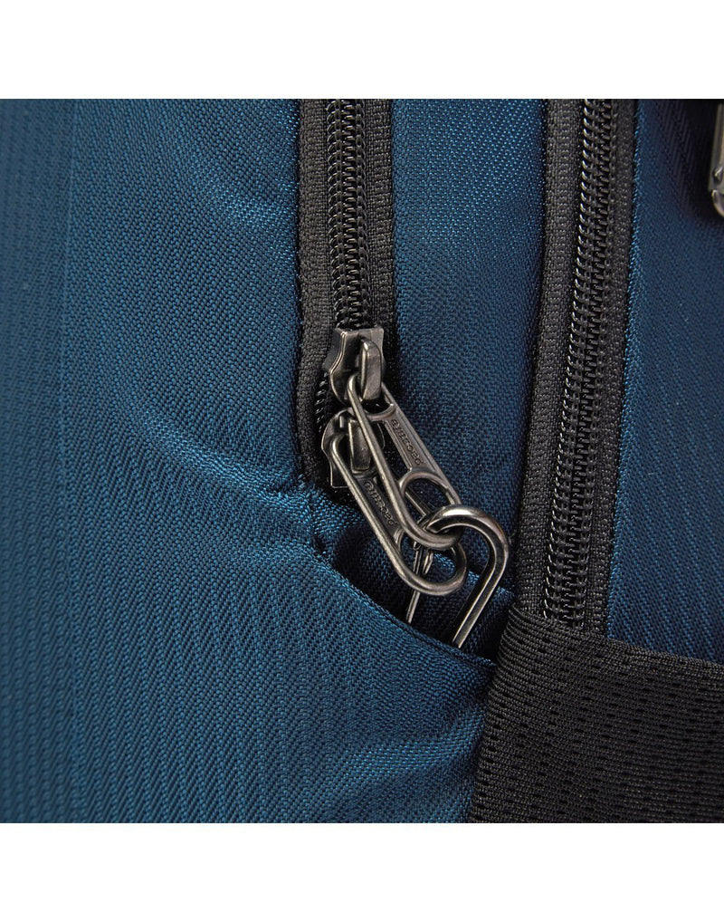 Pacsafe metrosafe ls350 econyl anti-theft recycled backpack front chain anti-theft lock