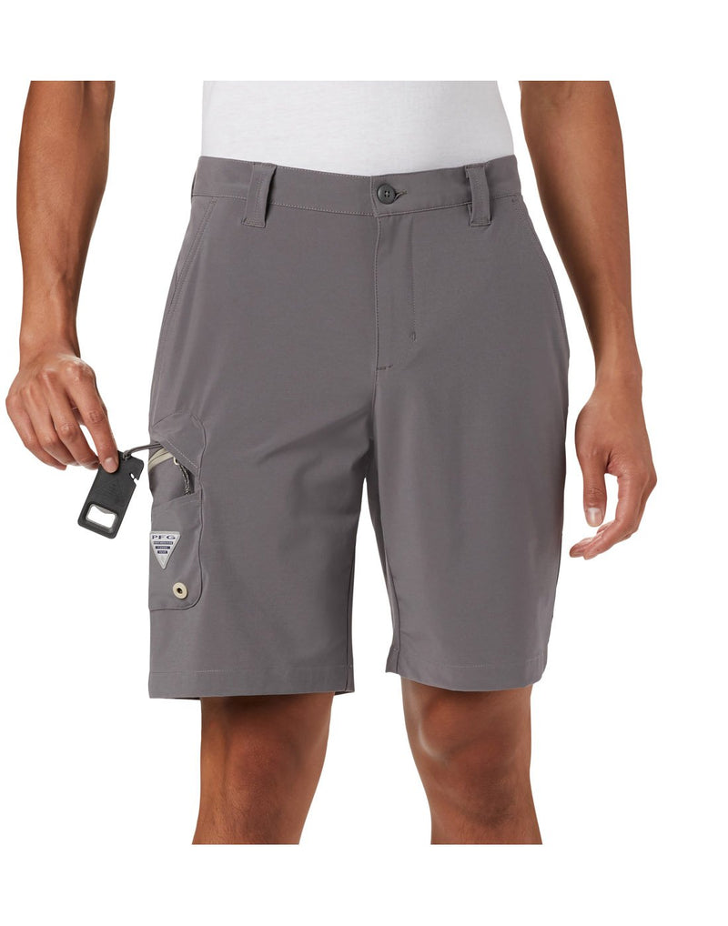Columbia men's pfg terminal tackle™ short grey colour close up front view
