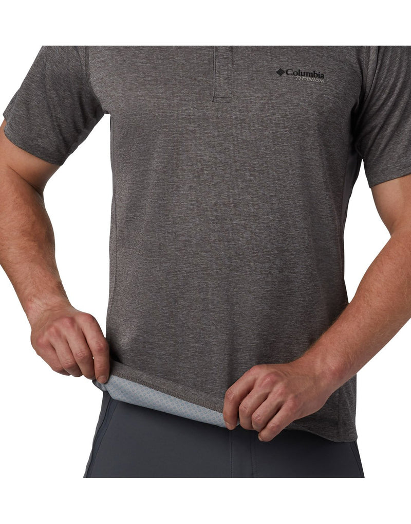 Men wearing city grey colour columbia men's irico knit polo inner view