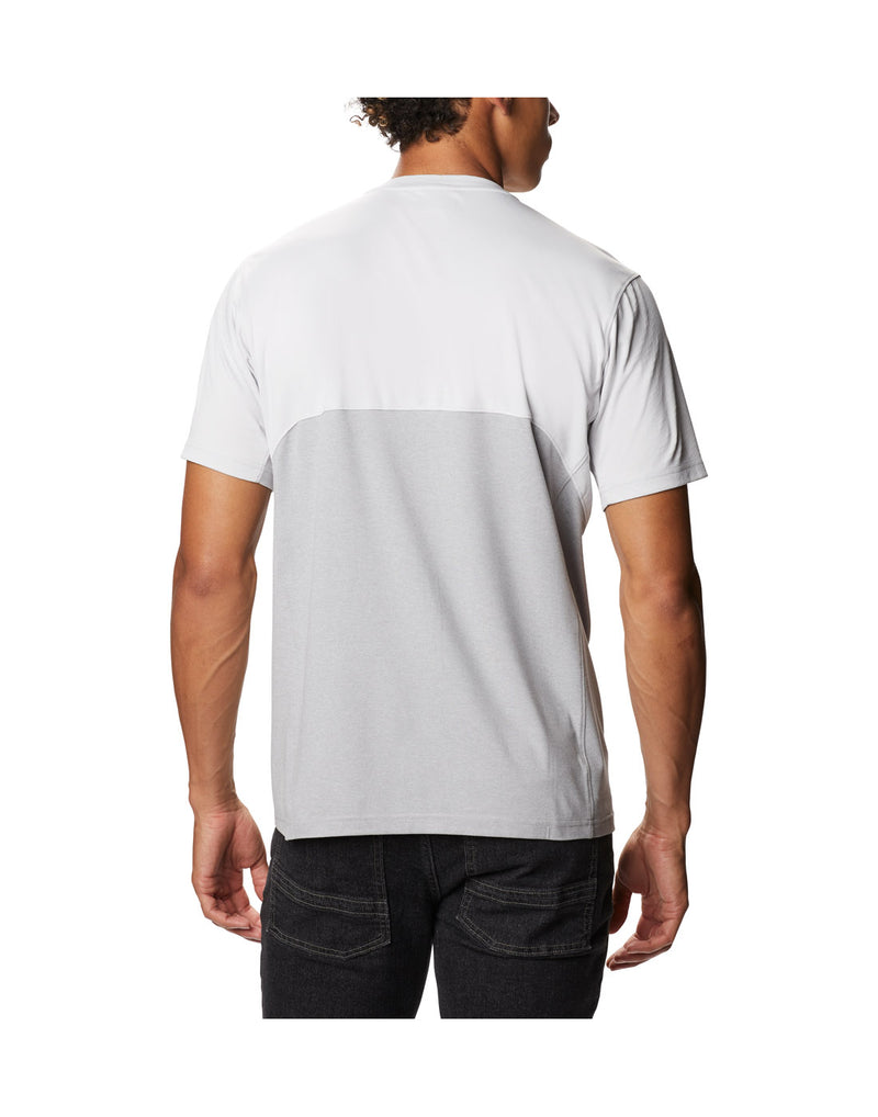 Model wearing Columbia Men's Zero Ice Cirro-Cool™ Short Sleeve Shirt - nimbus grey, back view