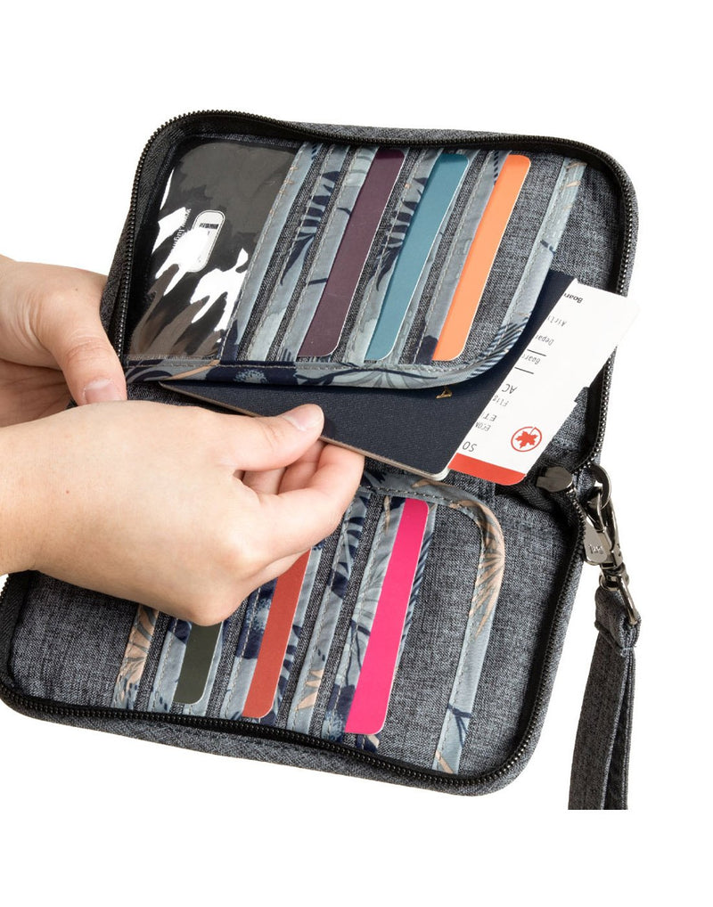 Lug tandem heather grey colour zip wallet credit card slots
