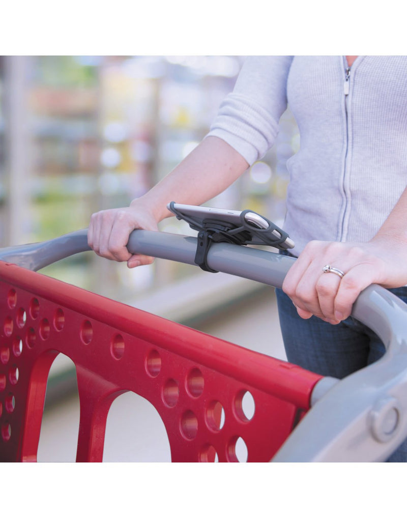 Nite ize wraptor smartphone bar mount attached to grocery cart