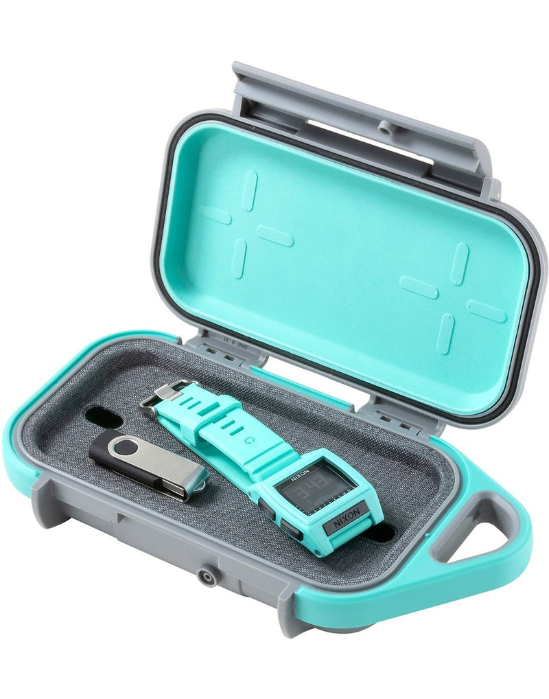 "Pelican goâ""¢ g40 personal utility slate / teal colour open inside corner view"