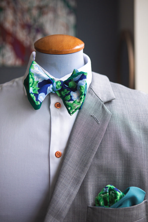 Green Roses | Cotton | Bowtie