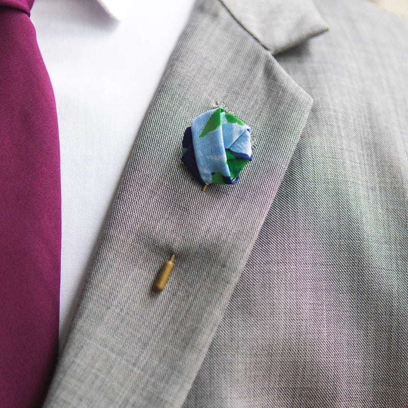 Green Roses | Floral | Knot Pin