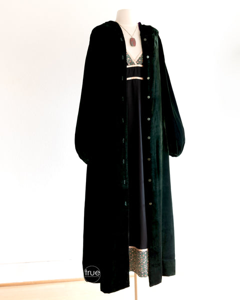 vintage 1970's cape ...rare India Imports of Rhode Island emerald & amethyst velvet hooded duster with bishop sleeves